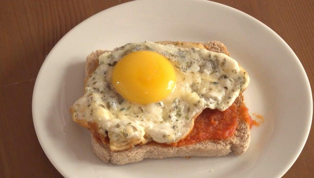 El fantástico huevo pizzero.