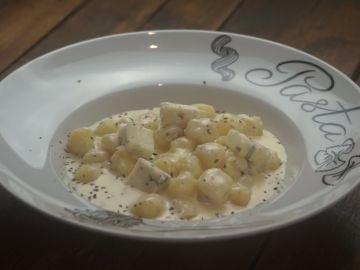 Los ñoquis con salsa de crema de Gino's, maravilla.