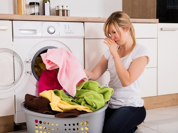 Mal olor de la ropa recién lavada