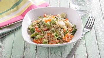 Quinoa con trigueros, cebolleta y pimiento rojo