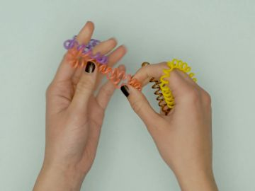 Cómo encoger las gomas que se han dado de sí