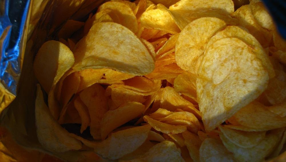 Cómo Cerrar Una Bolsa De Patatas Fritas Evitando Que Se Reblandezcan