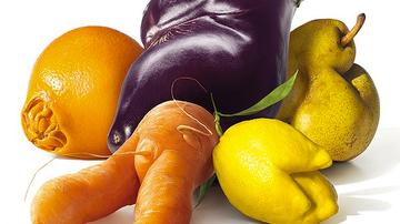 Las feotas frutas y verduras de Intermarché.
