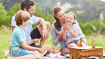 El sol, el calor, un buen parque… y todo lo imprescindible para un buen picnic