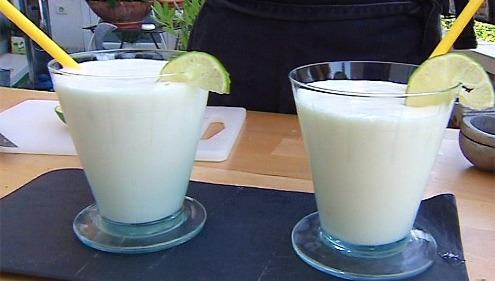 Piña colada con zumo de lima: un cóctel para todos los públicos