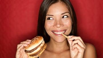 Ensalada César y otros alimentos menos sanos que una hamburguesa