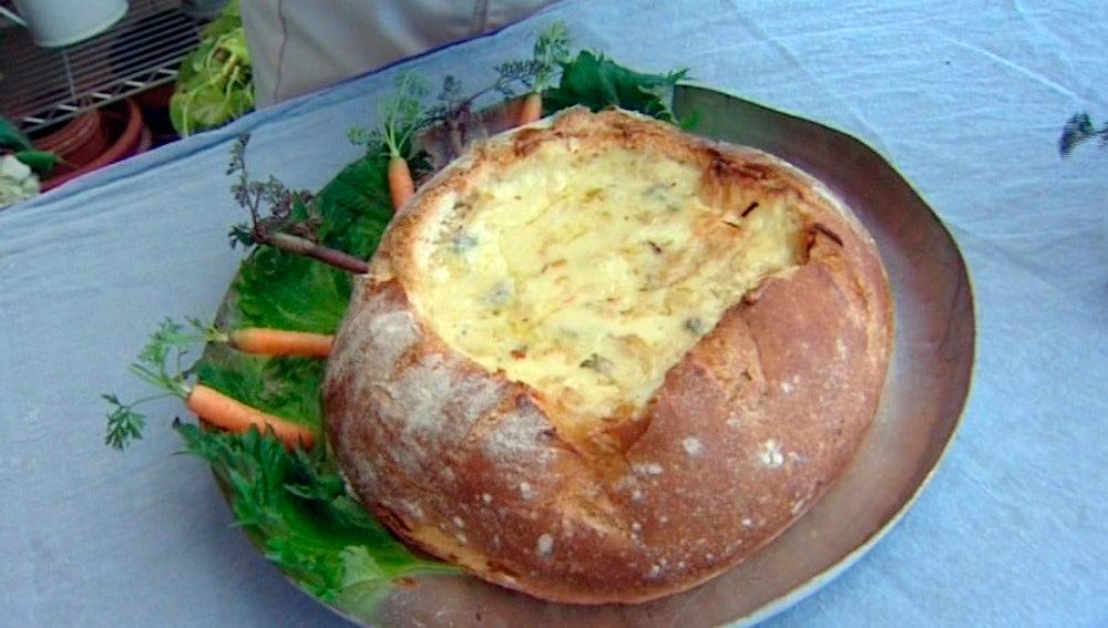 Fondue de quesos en hogaza