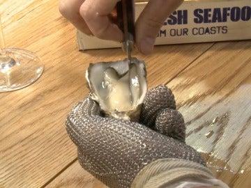 ¿Cómo saber si una ostra está fresca? Atento al vídeo.