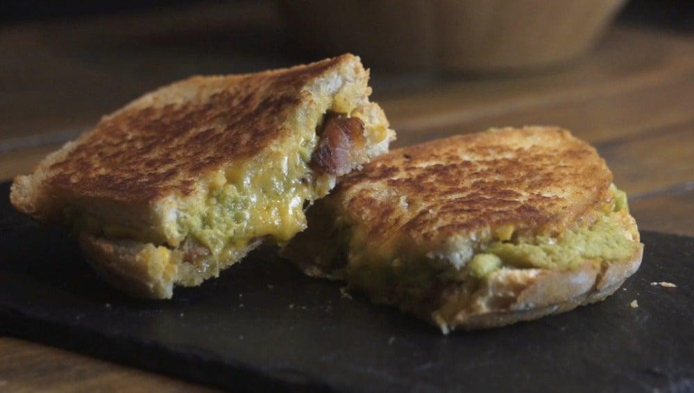 Sandwich guacacheese