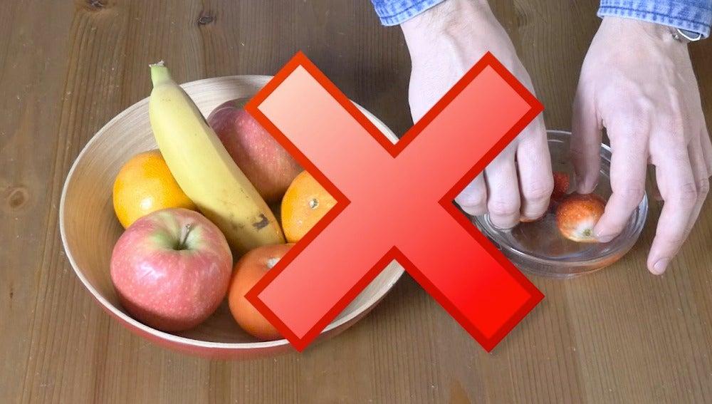 No remojes la fruta antes de tiempo...