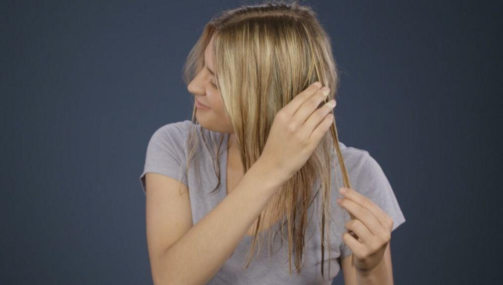Cómo conseguir el pelo liso sin utilizar la plancha