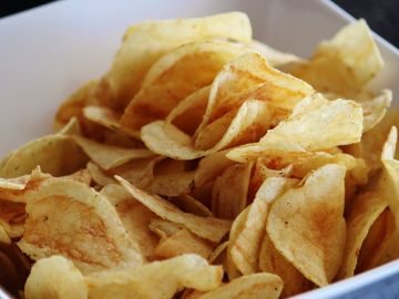 Las patatas fritas, por su exceso de sodio, pueden provocar mareos.