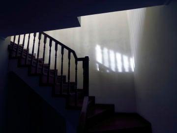 Escaleras oscuras