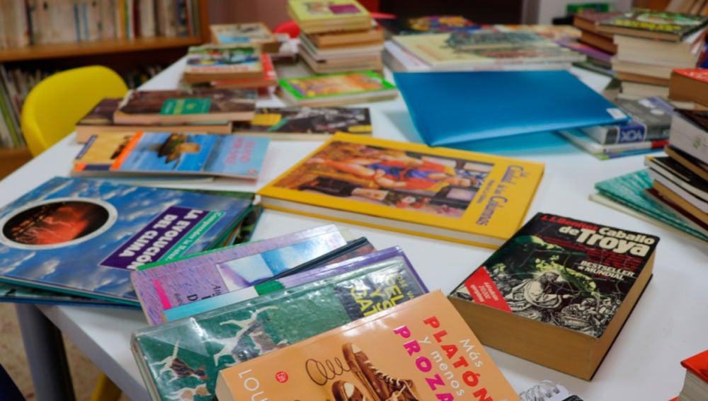 Libros en una mesa