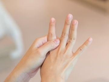 Lúnula de las uñas