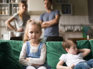 Niños enfadados