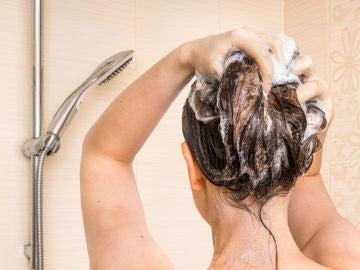 Lavarse la cabeza