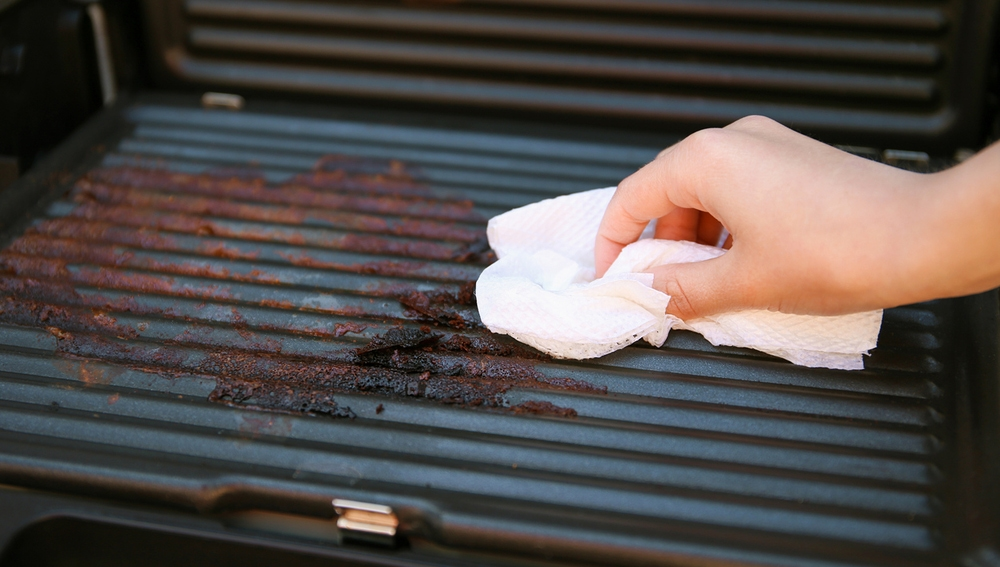 Limpiando la barbacoa