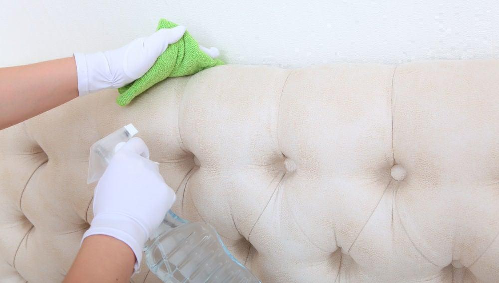 Limpiar el sofá