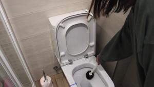 Errores al utilizar la escobilla del WC y cómo limpiarla correctamente