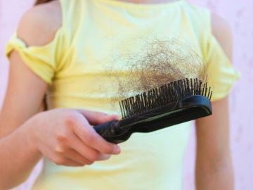 ¿A tu hijo se le cae el pelo? Descubre las razones